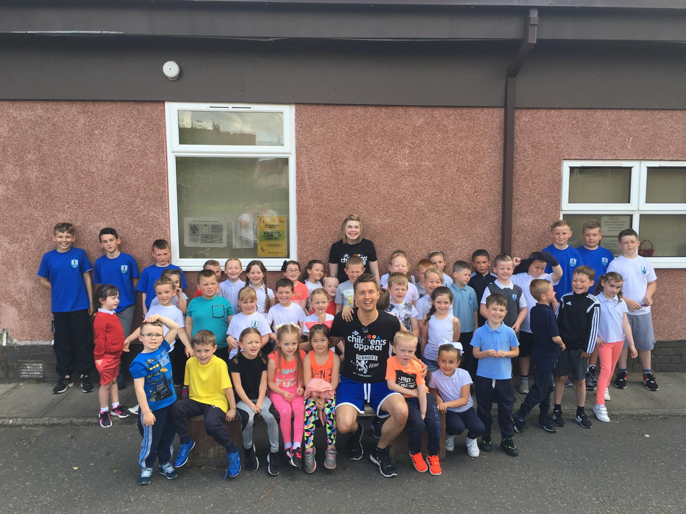 STV weatherman Sean Batty visited Fallin Primary in Stirling
