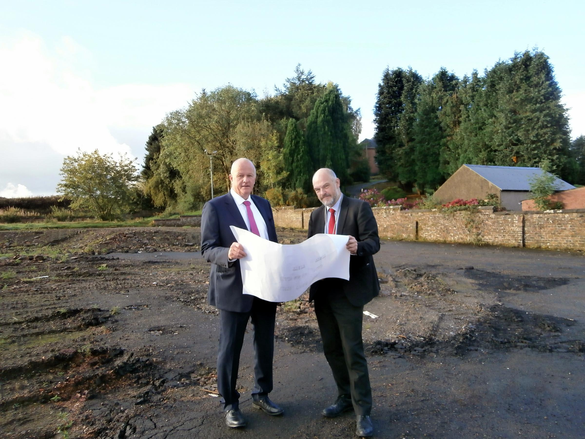 L to R: Planning and Regulations Panel convenor Alasdair MacPherson looks at site plans with Stirling Council Integrated Facilities Management Service manager John MacMillan