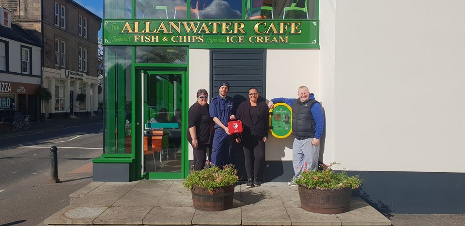 Life saving defibrillator goes up on the wall of The Allanwater Café